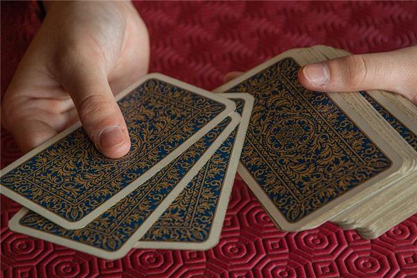 夢見打牌是什么意思