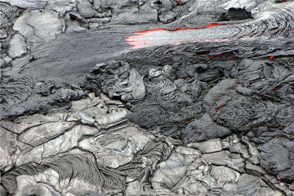 夢見泥石流是什么意思