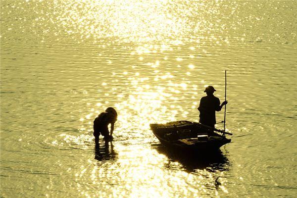 梦见捉鱼是什么意思