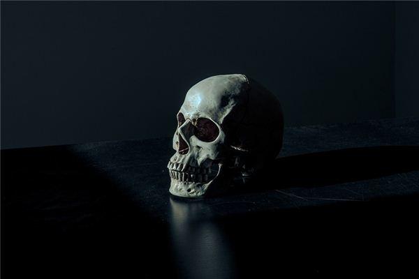梦见骸骨是什么意思