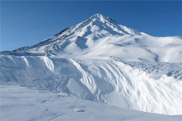 梦见雪山是什么意思