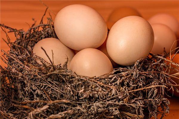 梦见捡鸡蛋是什么意思
