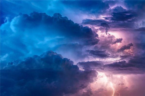 梦见云是什么意思