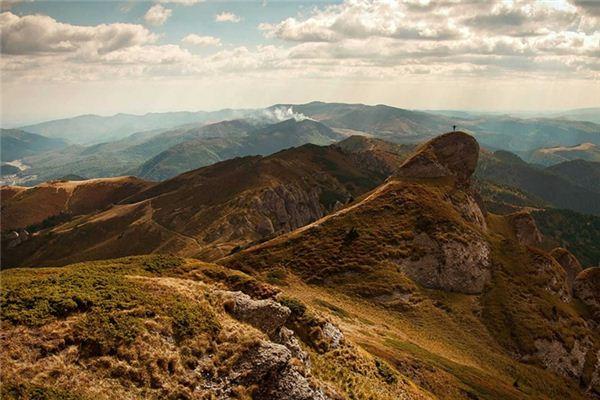 梦见山坡是什么意思