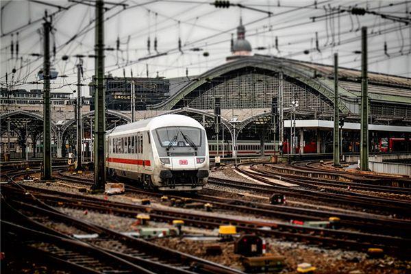 梦见火车站是什么意思