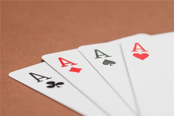 梦见打扑克牌是什么预兆