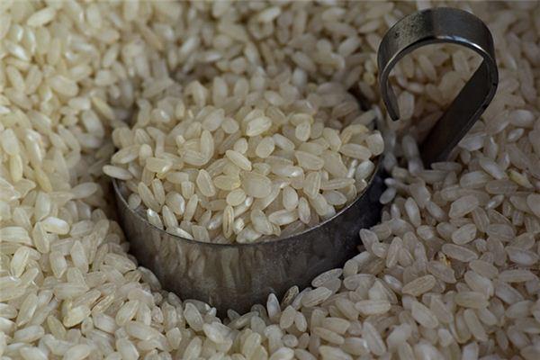 梦见米包堆积是什么意思