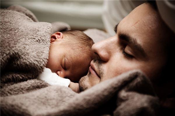 夢見老公和別人有孩子