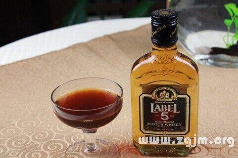 梦见威士忌 酒