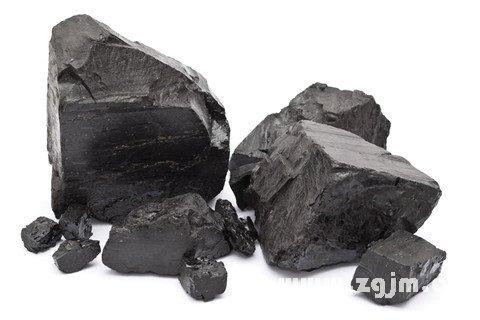 梦见天上下煤块