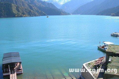 庄闲游戏湖泊