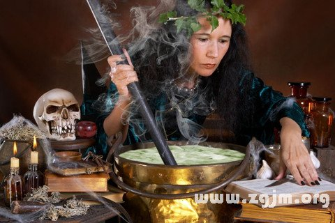 庄闲游戏巫婆