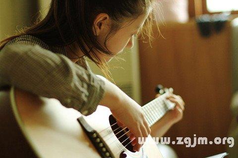 梦见吉他 吉它