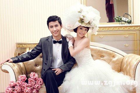 梦见前夫结婚预示将来会发生什么?