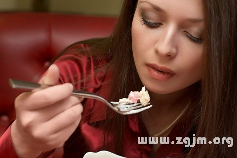 梦见吃东西 饮食 进餐