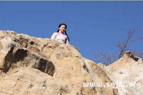 梦见跳崖 悬崖自杀
