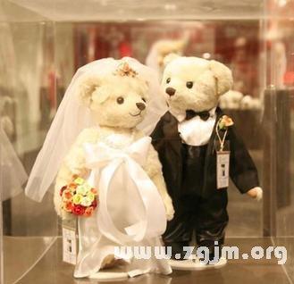 梦见寡妇结婚