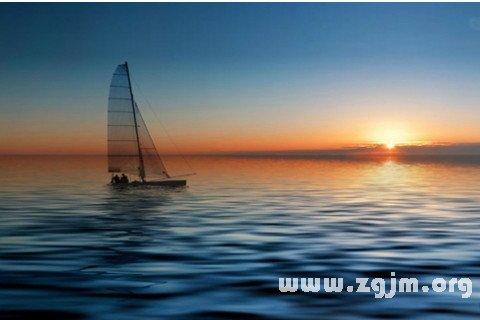 梦见太阳沉入大海
