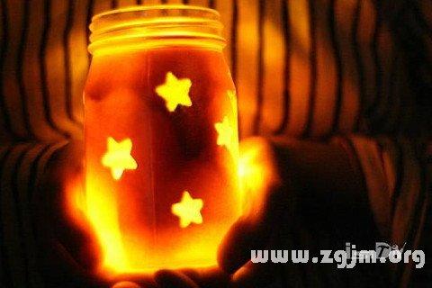 梦见发亮的星星忽然消失