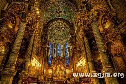 梦见大教堂