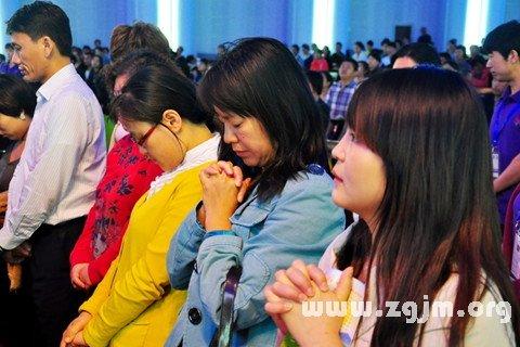 梦见感恩祷告