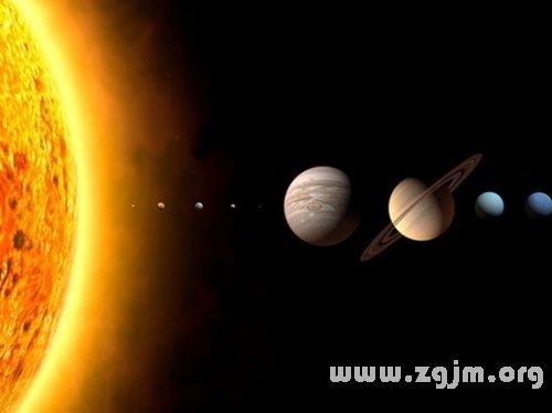 梦见地球围绕太阳运转