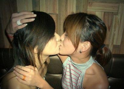 梦见和女孩接吻