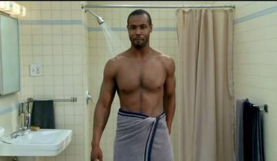梦见自己在澡堂洗澡