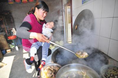 梦见已故的妈妈做饭