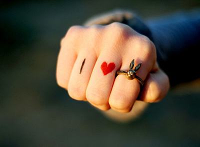 梦见自己带了漂亮的戒指