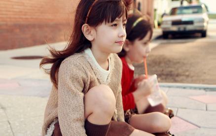 梦见两个小女孩