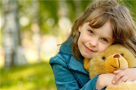 小女孩的乳名 简单好听的小女孩的乳名