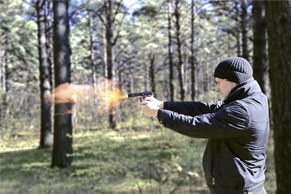 梦见拿枪打死人