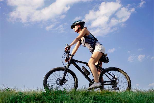 梦见别人骑自行车