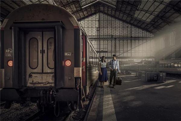 梦见坐火车去旅游