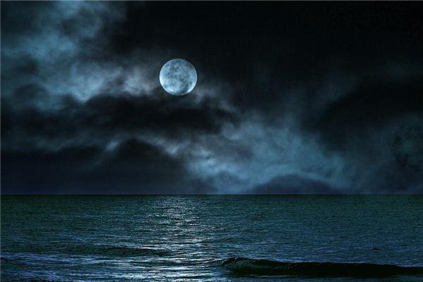 梦见月色昏黑星光黯淡