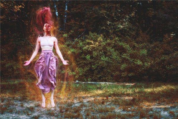 梦见女巫 女祭司