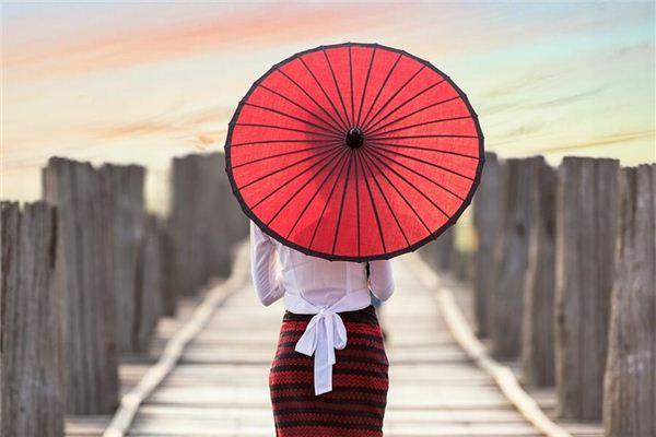 梦见伞 阳伞