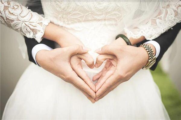 梦见嫁给外国人