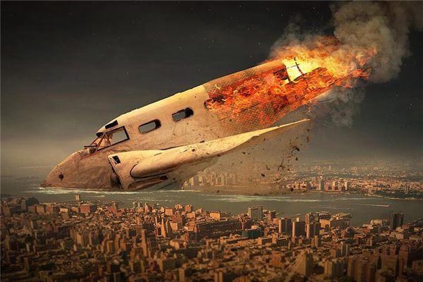 梦见飞机撞山