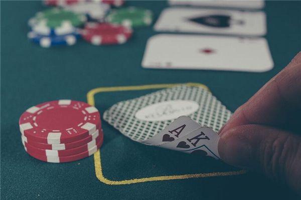 梦见别人打牌