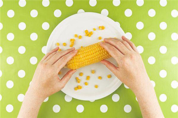 梦见剥玉米粒
