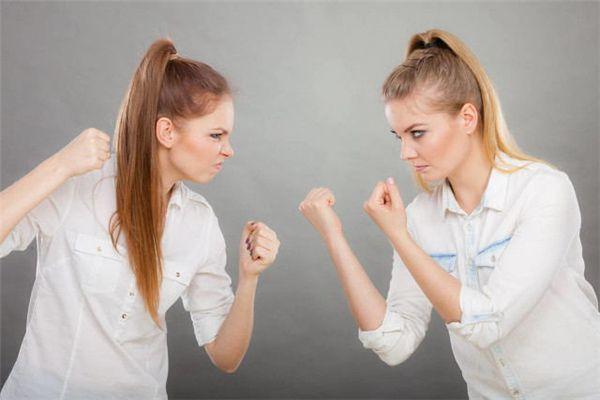 梦见女人吵架