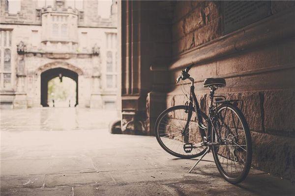 梦见锁自行车