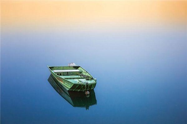 梦见大海划船