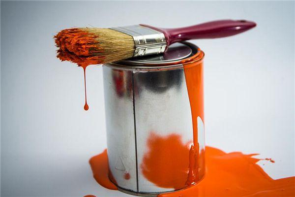 梦见刷油漆