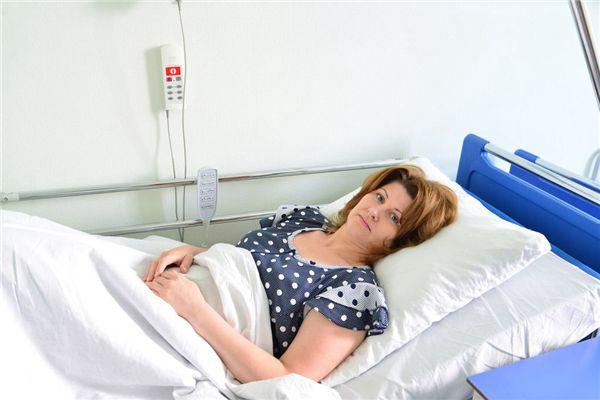 梦见医院病房