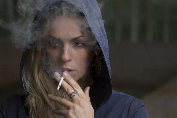 梦见买香烟