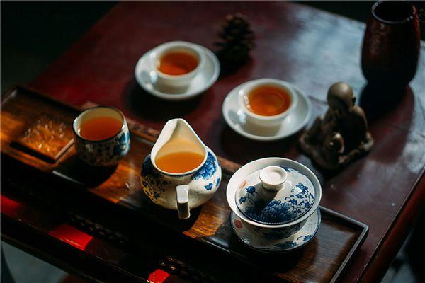 梦见和朋友一起喝下午茶