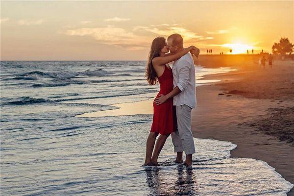 梦见和人接吻